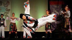 Oekraïense Danser Doing Stunt royalty-vrije stock foto's