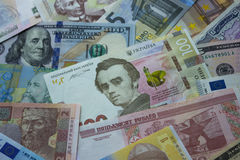 Oekraïense hryvnia, dollarrekeningen, euro en ander geld Stock Foto