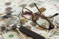 Oekraïense hryvnia en de Amerikaanse dollars van ` s Royalty-vrije Stock Foto