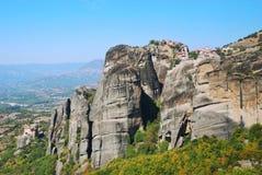 Oerhörda berg i Grekland - Meteora royaltyfria bilder