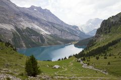 Oeschinensee Alpes suisses, Kandersteg, Bernese Oberland, l'Europe Carpathien, Ukraine, l'Europe photos stock
