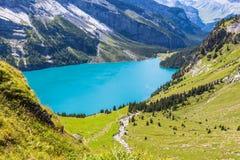 Oeschinensee in der Schweiz Stockfoto