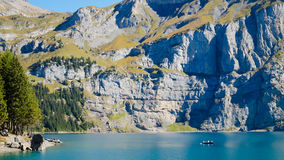 Oeschinensee Oeschinen sjö Royaltyfria Foton