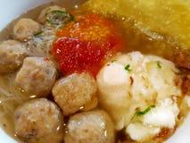 Oeuf à la coque de boulettes de viande Image stock
