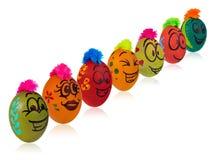 Oeuf de pâques, peint dans le visage de sourire de bande dessinée du type Décoré par exemple Photos stock