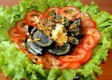 Oeuf de siècle et salade de tomate Photographie stock libre de droits