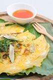 Oeufs au plat avec la feuille de banane Photo libre de droits