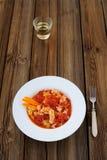 Oeufs brouillés chinois avec les tomates et le vin de riz Photo stock