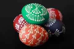 Oeufs de pâques colorés Image stock