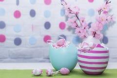 Oeufs de pâques Décoration de fête Joyeuses Pâques Photos libres de droits