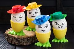 Oeufs de pâques drôles images libres de droits