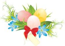 Oeufs de pâques, fleurs de source et proue rouge avec la carte illustration stock