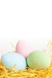 Oeufs de pâques pointillés Images stock