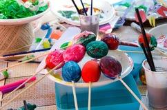 Oeufs de pâques pour Pâques Images stock