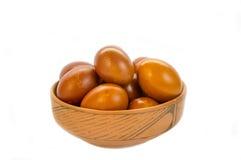 Oeufs de pâques rouges et oranges images stock