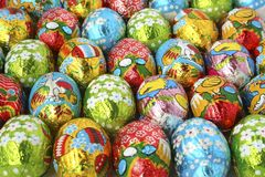 Oeufs de pâques un fond Photo stock