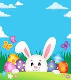 Oeufs de pâques et thème de cachette 2 de lapin Photo stock