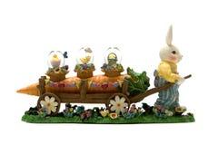 Oeufs de transport de lapin de Pâques Images stock
