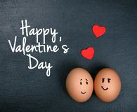 Oeufs drôles dans l'amour - jour de valentines Images libres de droits