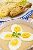 Oeufs en sauce à moutarde Photographie stock
