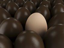 Oeufs et oeuf de chocolat de Pâques Images stock