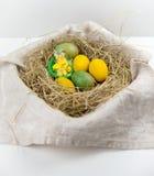 Oeufs pour des vacances de Pâques Images stock