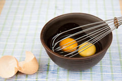 Oeufs pour l'omelette Image stock