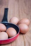 Oeufs sur la casserole Photo libre de droits