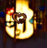 Oeuvre de forme d'amour avec la photographie de fond de lumières Photo libre de droits