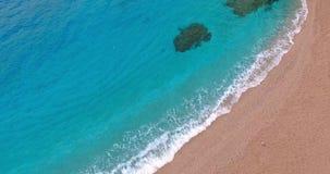 Oever - blauwe overzees stock videobeelden