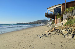 Oever in Thalia Street Beach in Laguna Beach, Californië Royalty-vrije Stock Foto