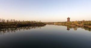 Oever van het meer stock fotografie