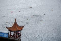 Oever van het meerstad van Dali, in de provincie van Yunnan van China royalty-vrije stock foto