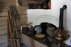 Ofen in ländlichem ` s Haus stockbilder