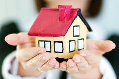Oferta dos bens imobiliários Imagem de Stock Royalty Free