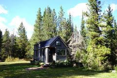 Off grid tiny house. That is lived in full time in the mountains of Wyoming Royalty Free Stock Image