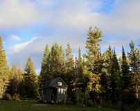 Off grid tiny house in the mountains Stock Photography