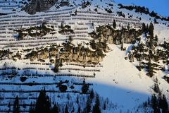 Off-Piste σκι στις Άλπεις στοκ εικόνες