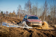 Off road car in mud Royalty Free Stock Images