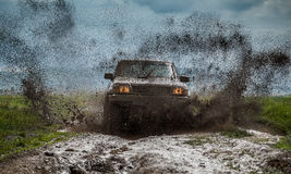 Free Off-road Vehicle Royalty Free Stock Photo - 40406845