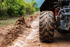 Off-road wheel on dirt road Royalty Free Stock Photography