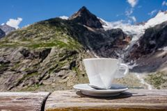 Ð¡offee cup with mountain view royalty free stock photo