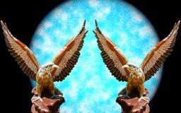Offener Flügel mit zwei Adlern Lizenzfreies Stockfoto