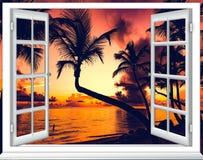 Offenes fenster himmel  Offenes Fenster Und Der Bewlkte Himmel Stockfotos – 32 Offenes ...
