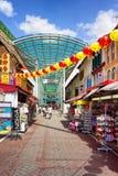 Offenes Straßenmarkt Chinatowns verziert mit Papierlaternen im Si Lizenzfreies Stockbild