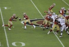 Offense de San Francisco 49ers sur le champ image libre de droits