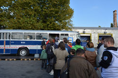 Offentlig öppen dag på det 40-åriga bussgaraget Cinkota V Royaltyfri Bild