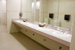 offentlig badrum Fotografering för Bildbyråer