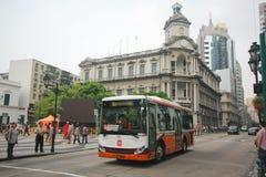 Offentlig buss för stad på den Senedo fyrkanten, Macao Arkivbild