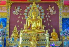 Offentlig guld- Buddha Arkivbilder